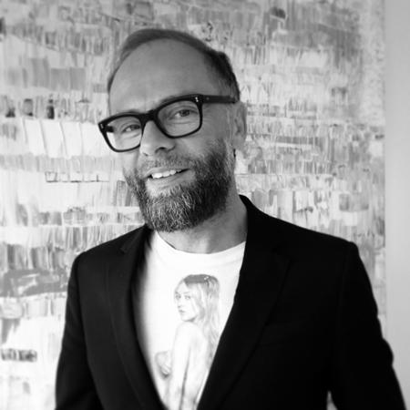 Denis Binet – Artiste Coiffeur  Salon V pour Victoire