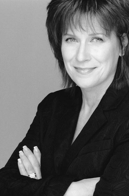 Marie-Claude Côté – Directrice Nationale formation de Clarins