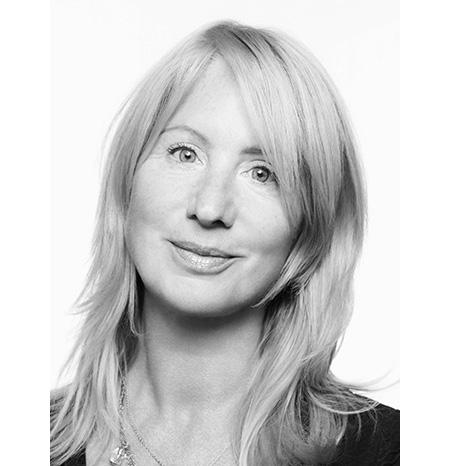 Val Garland – Conseillère Artistique de la ligne maquillage d'Yves Saint Laurent Beauté