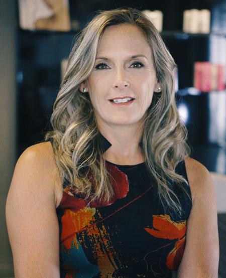 Nathalie Pelletier –  Directrice des Affaires Scientifiques et de la Formation chez Jouviance