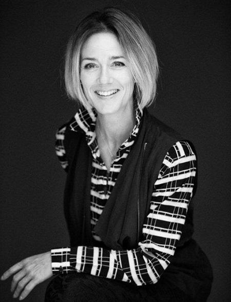 Sandy Hogue – Ambassadrice L'Oréal Professionnel, Pro Fiber de L'Oréal Professionnel,  Salon Funky Toque