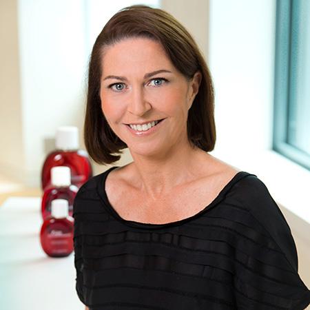 Marie-Hélène Lair – Directrice de la Communication Scientifique Internationale de Clarins
