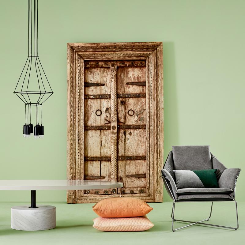 Mobilia_india_door_table-800