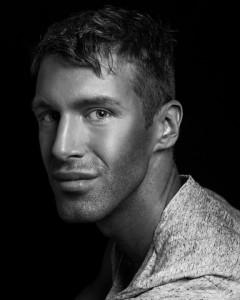 Maxime Poulin : artiste maquilleur international Guerlain