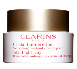 Retail_Vital_Light_Day_Illuminating_Anti-Ageing_Cream_300