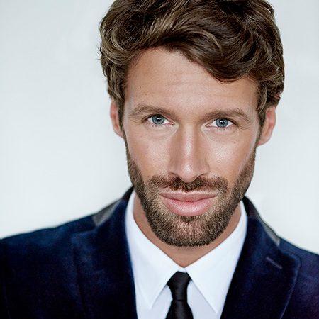 Maxime Poulin, Artiste Beauté International Membre de la Guerlain Art Team