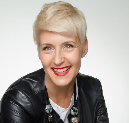 Manon Senecal – Responsable de la Formation – Estée Lauder Canada