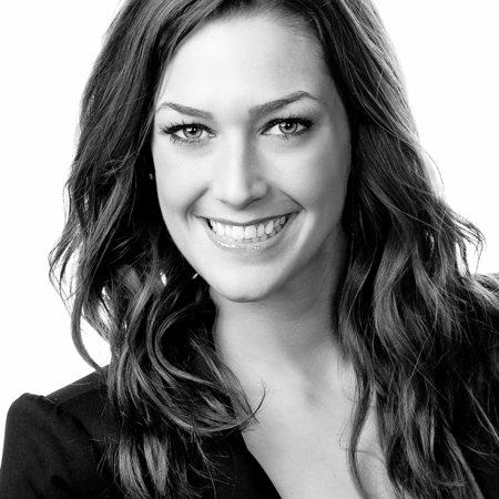 Christine Mann – Artiste Maquilleuse et Formatrice Nationale pour Clarins